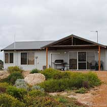 luxury beach chalets - Getaway Beach, Dongara WA